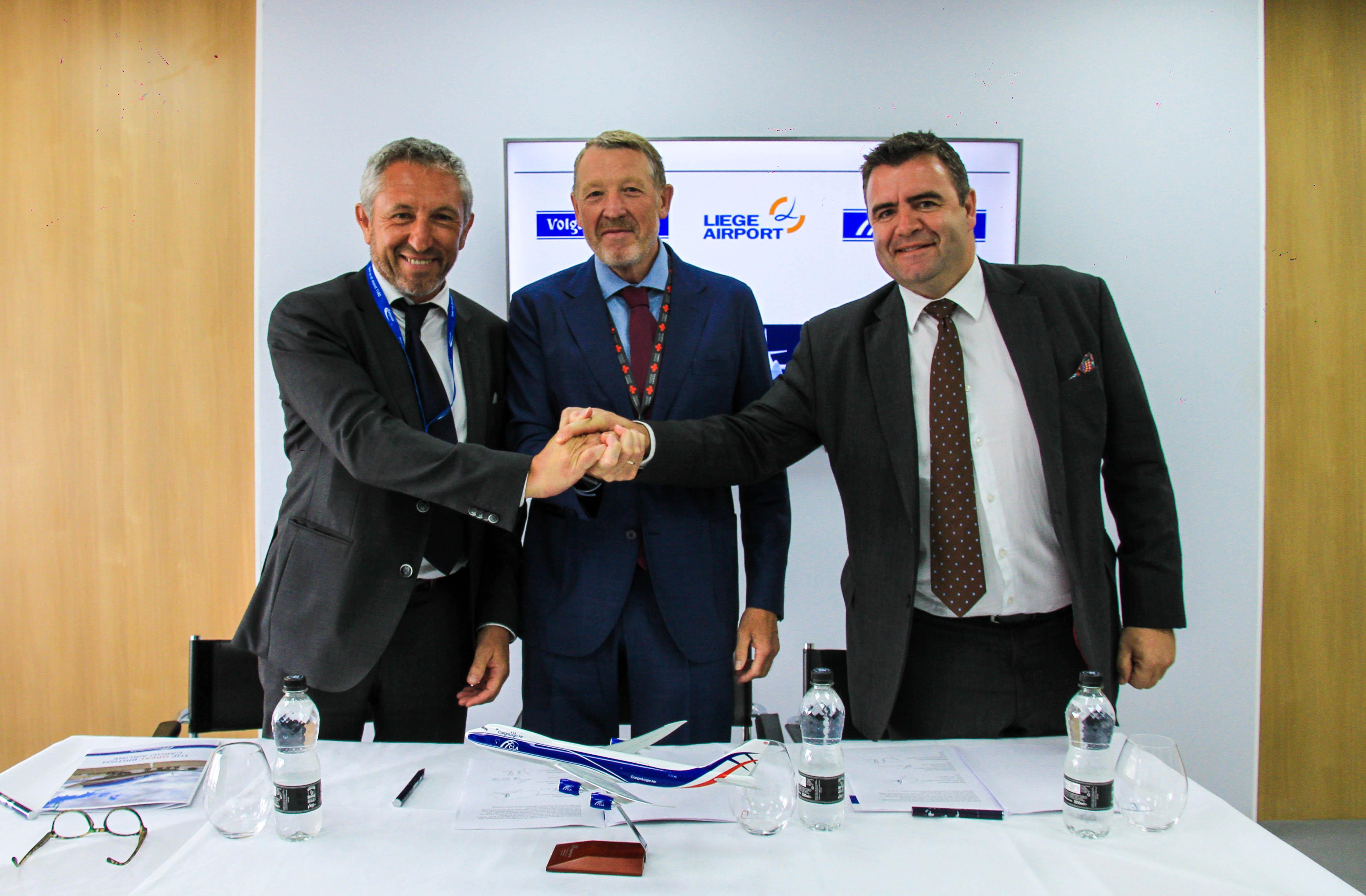 Signing the MoU are (left to right) Luc Partoune, chief executive officer of Liege Airport, Alexey Isaykin, president of Volga-Dnepr Group, and David Kerr, ceo of CargoLogicAir.
