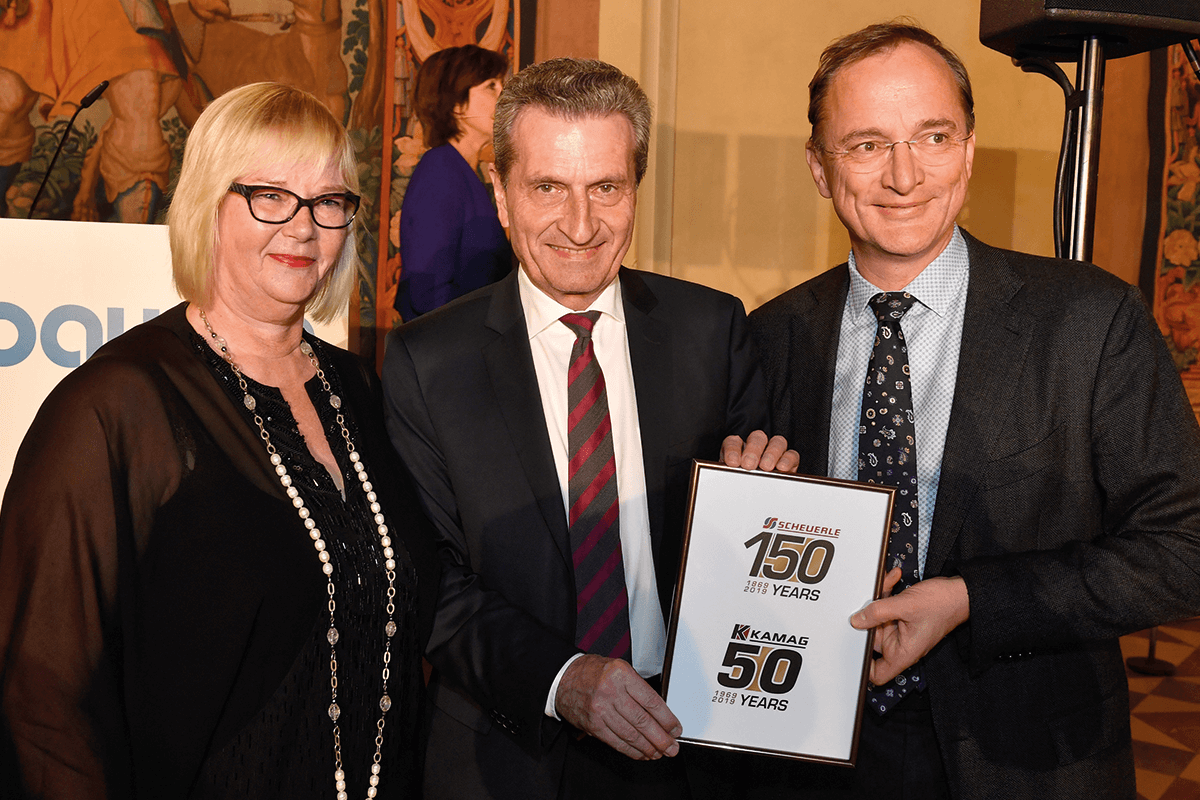 From left to right: Susanne Rettenmaier (TII Group), Guenther Oettinger (EU Commissioner), and Dr. Gerald Karch