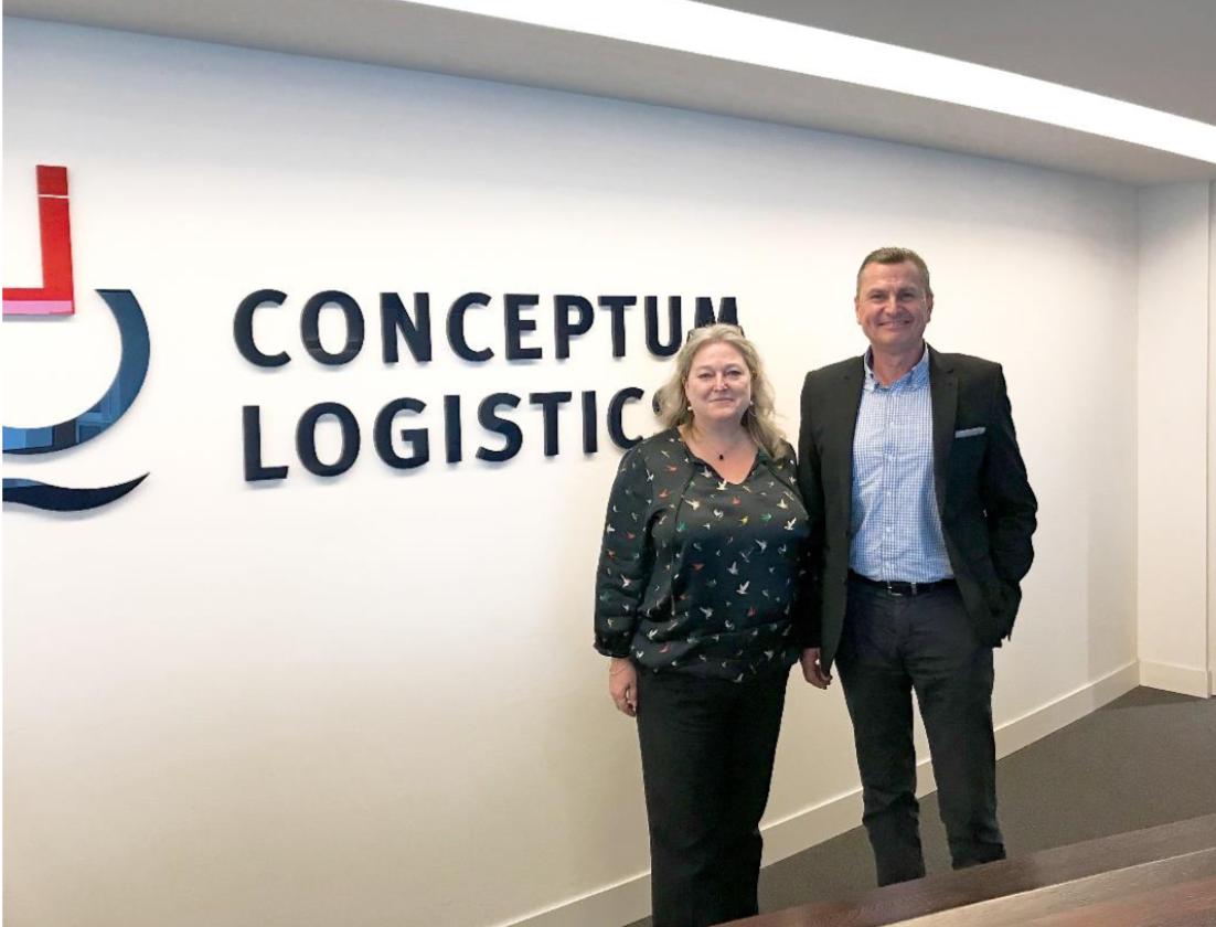 Rachel Kellet with Conceptum Logistics executive board member Helge Ehlers.